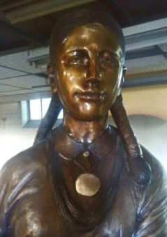 Osage woman, complete facial photo 239x340